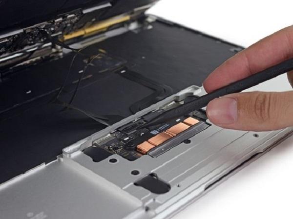 Thay trackpad macbook tại Đà Nẵng