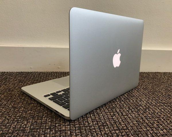 thu-mua-macbook.jpg