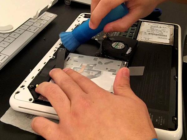 Sửa pin macbook tại Đà Nẵng